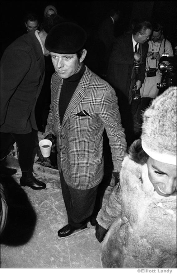 027 Robert Kennedy Jr., Rockefeller Center, NYC, 1968