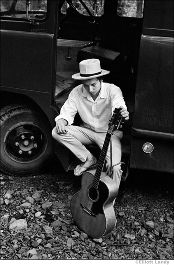 309 Bob Dylan, on his equipment truck outside his Byrdcliffe home, Woodstock, NY, 1968