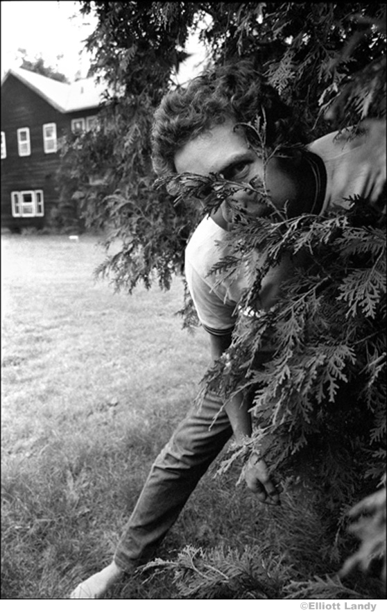 """344 Bob Dylan, """"Take one like this!"""" Ohayo Mountain Road home, Woodstock, NY, 1969"""