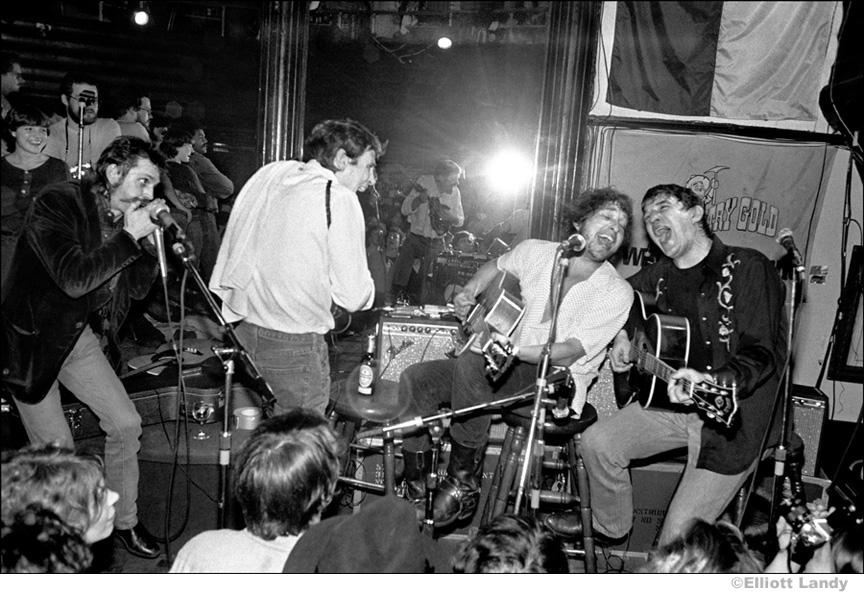 347 Levon Helm, Bob Dylan, Rick Danko with Shredni Volper, Lone Star Cafe, NYC, 1983