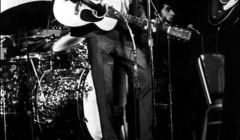 302 Bob Dylan  - With The Band, Woodie Guthrie Memorial Concert, Carnegie Hall, NYC, 1968