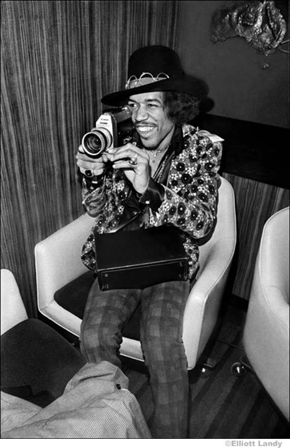 211 Jimi Hendrix, Press Conference, on top of Pan Am building, NYC, 1968