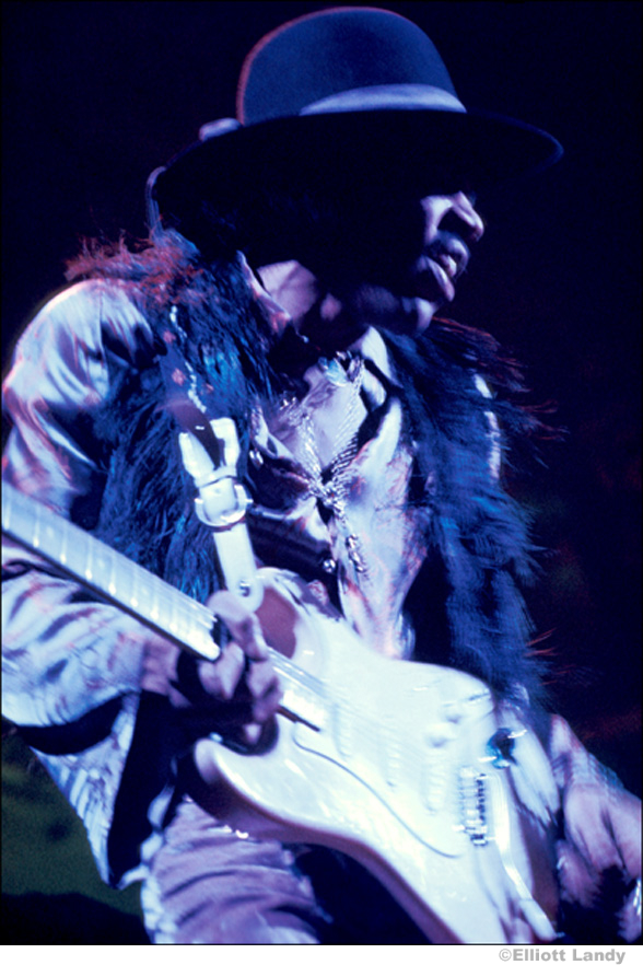 218 Jimi Hendrix, Fillmore East, NYC, 1968