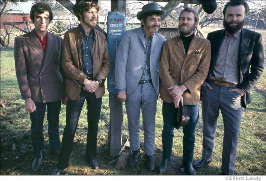 231-The-Band-Rick-Dankos-brothers-farm-Ontario-Canada-1968