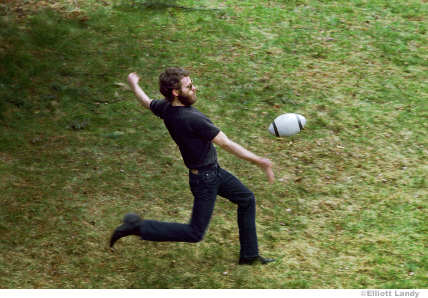 244-Levon-Helm-The-Band-outside-his-house-Bearsville-Woodstock-NY1968