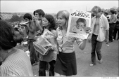 386 Selling an underground spiritual magazine, Woodstock Festival 1969, NY