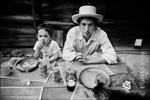 Bob Dylan with son Jesse Dylan, Byrdcliffe home, Woodstock, NY, 1968. Photo By ©Elliott Landy, LandyVision Inc.